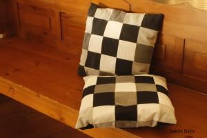 zwart-wit patchwork kussen met patroon